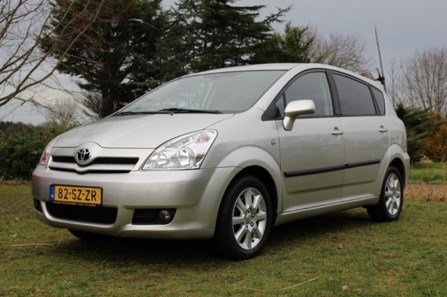 Toyota-Corolla Verso